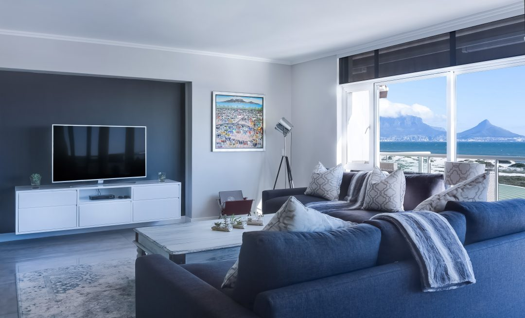 Decoração com azul: saiba como usar este tom para renovar seu apartamento